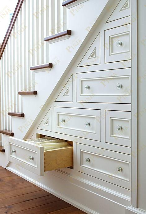 木楼梯下壁柜设计_铁艺楼梯下柜子造型设计