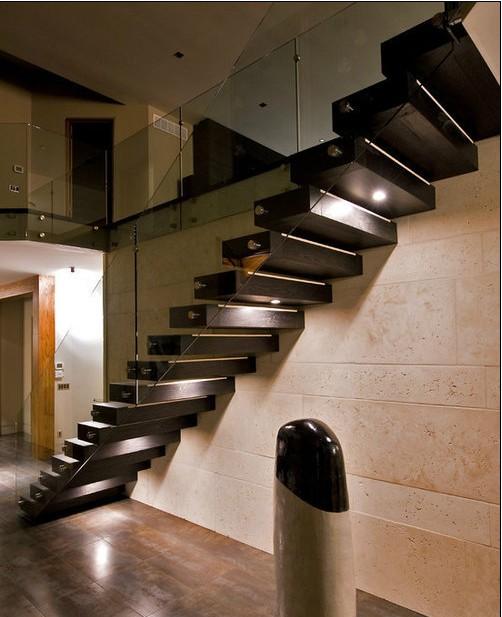 经典楼梯设计案例 实用美观提升空间感