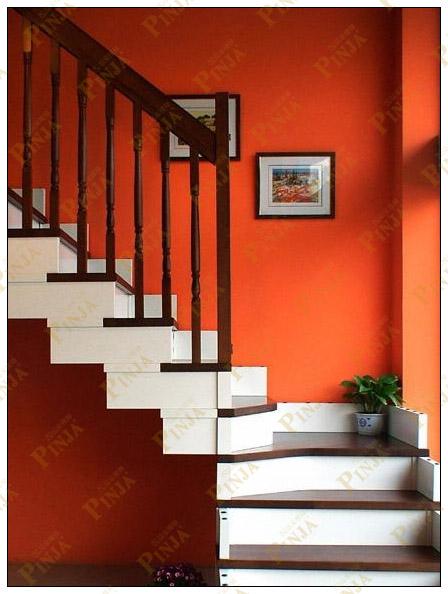 罗曼蒂克为全实木楼梯.材质:欧洲榉木