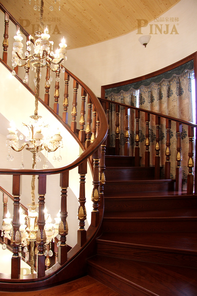 收口板楼梯旋转_楼梯悬空立柱雕花_圆弧形楼梯雕花栏杆