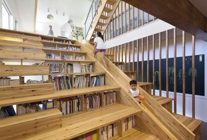 90平方两厅两室带楼梯设计图纸