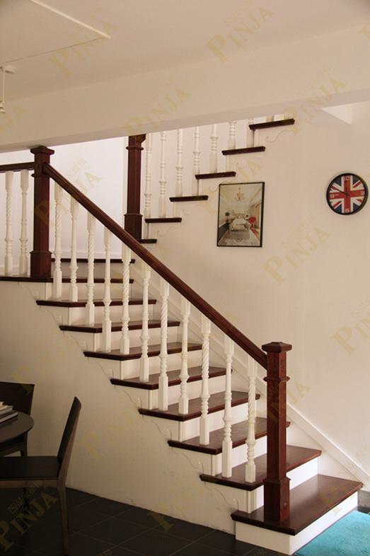 莱氏设计办公室室内实木楼梯麻花柱