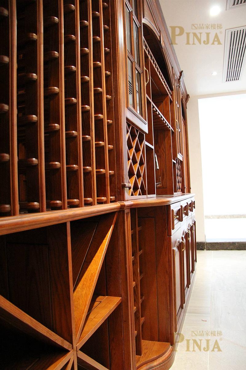 建材 楼宇设施 楼梯及配件 踢脚线与木地板接口_楼梯板与实木地板衔接
