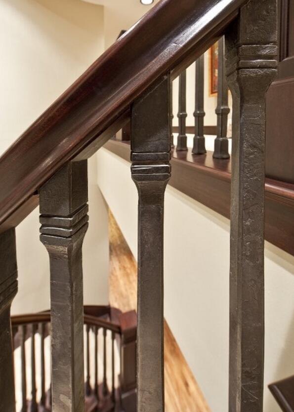 原生态木质楼梯